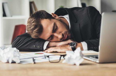 8 shenja shqetësuese që tregojnë se keni nevojë për pushime