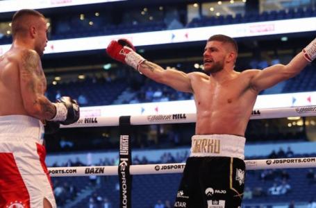 VIDEO/Florian Marku mposht boksierin ukrainas dhe i rrëmben titullin